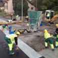 Sanierung Zeiningerstrasse K494 und neuer Gehweg mit Fussgängerbrücke
